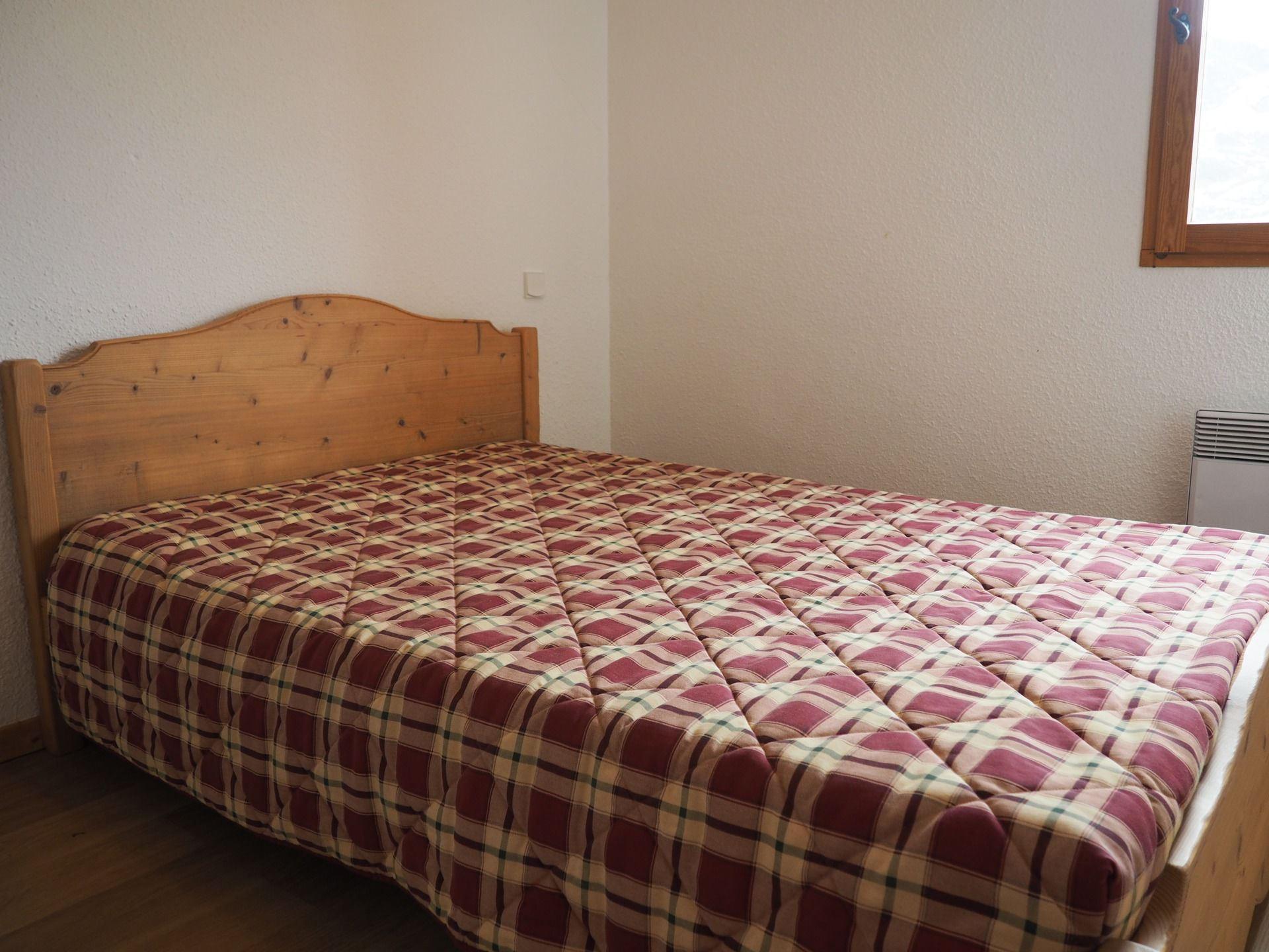 3 rooms 8 people / TETRAS LYRE 1