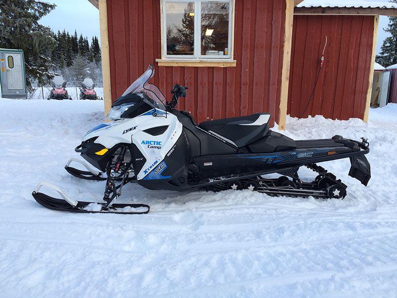 Arctic Camp Skoteruthyrning