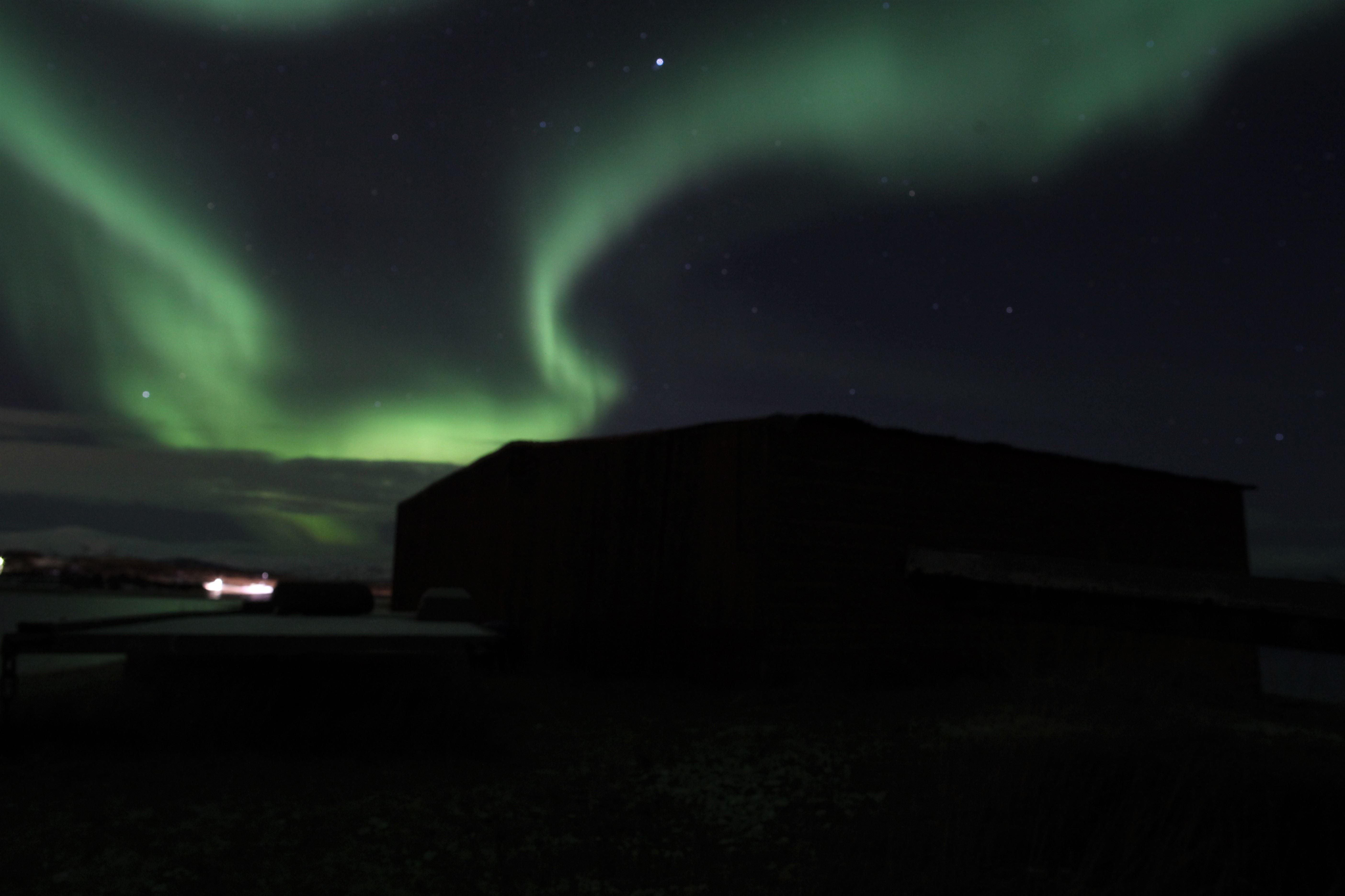 Northern lights chase in small exclusive group - Northern Adventure Troms