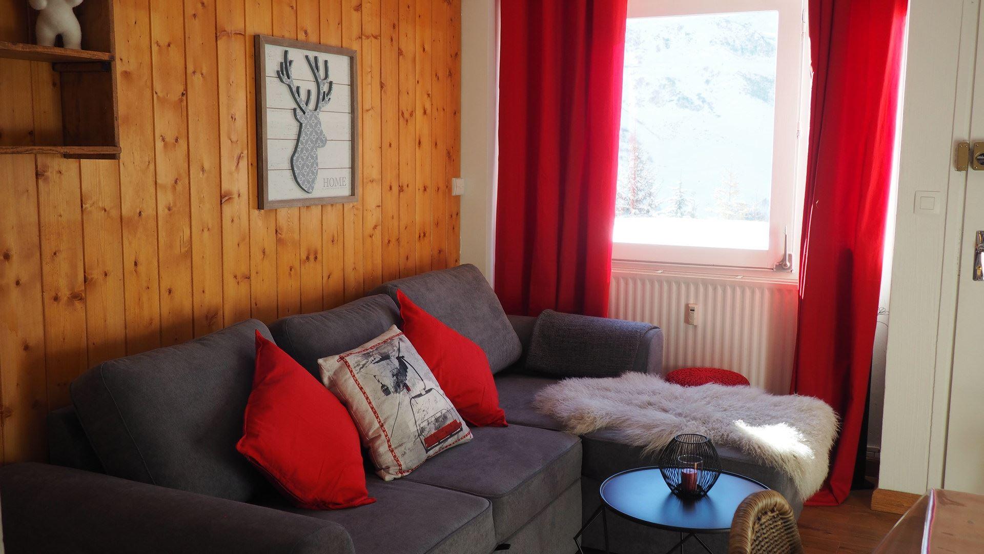 2 Pièces 5 pers ski au pied / Les Lauzes A5
