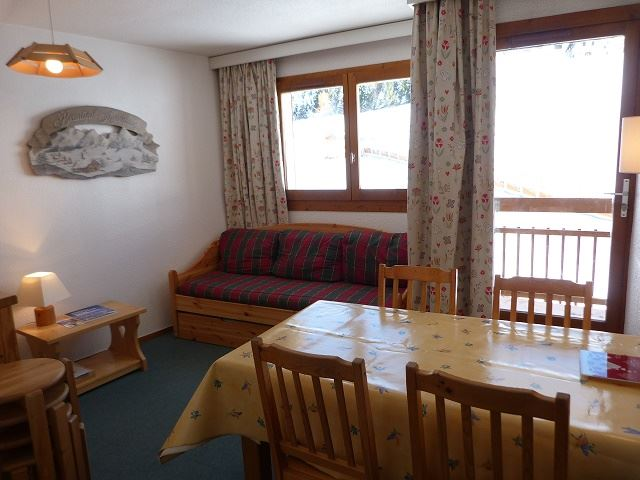 2 Rooms 5 Pers ski-in ski-out / Carlines II 29 B
