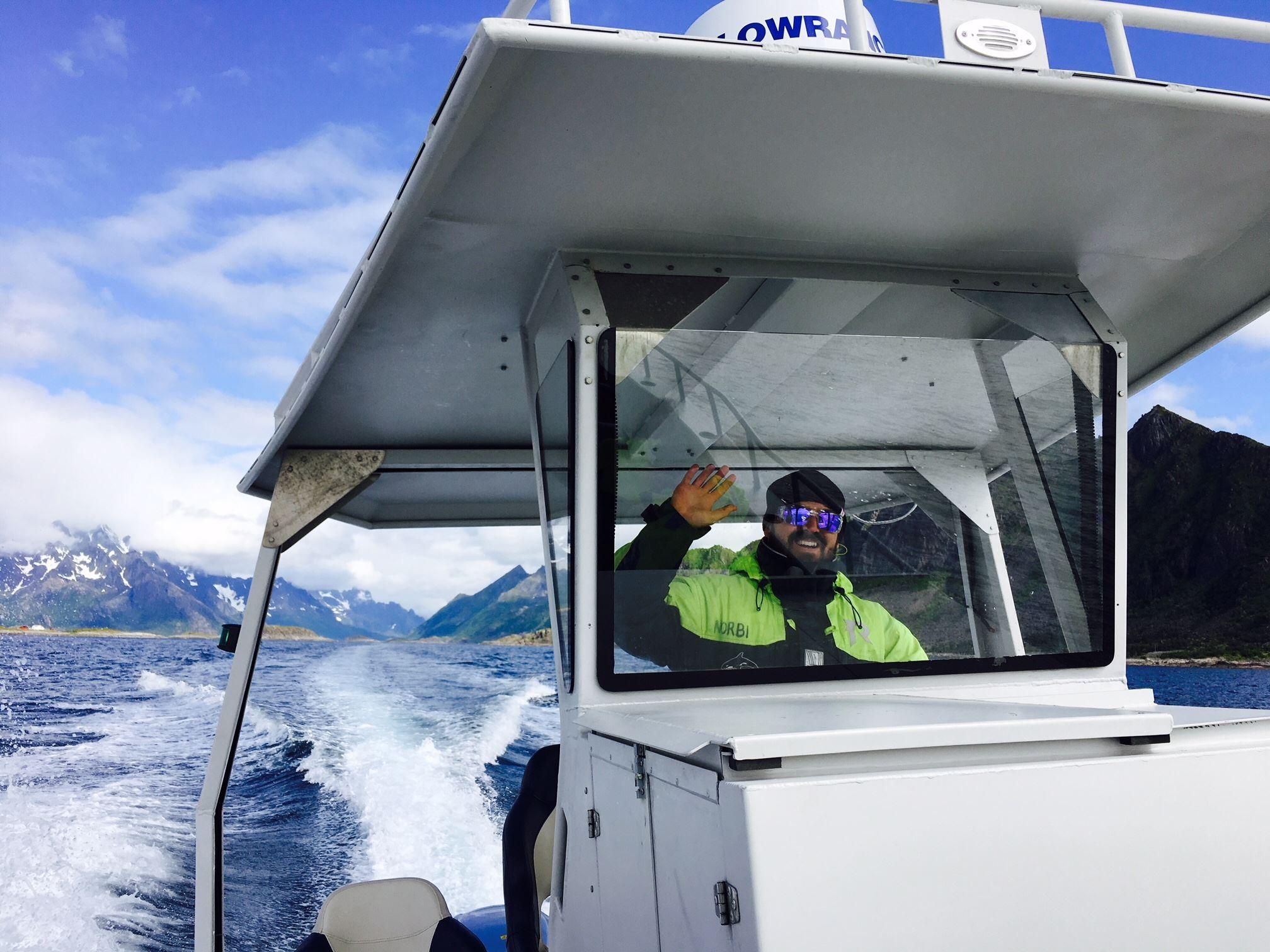 Fjord and Arctic Wildlife Safari - Polaria Aquarium - Wild Seas