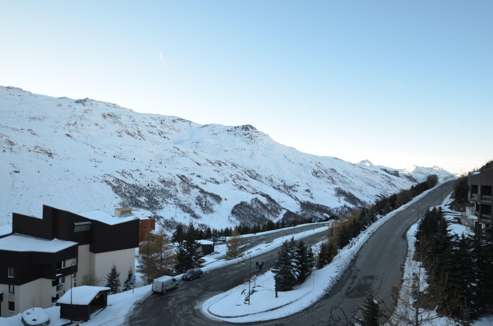 Studio 2 Pers skis aux pieds / GENEPI 40