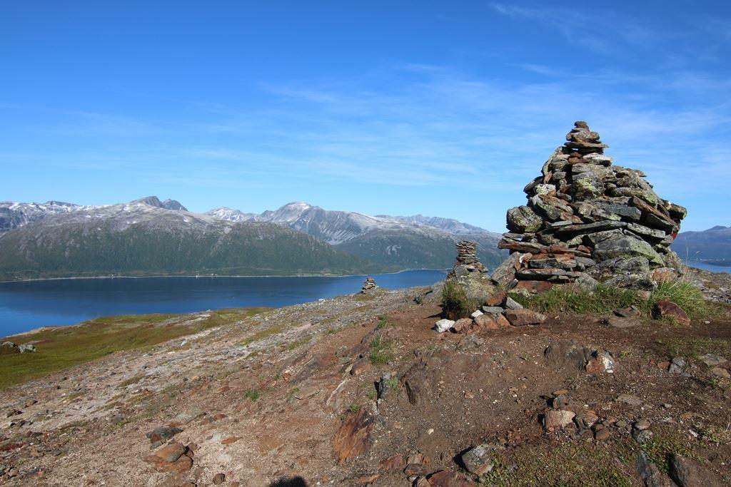 Hiking Adventure - Polar Cabin