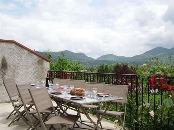 © TOUCOUERO, HPG132 - Gite typique des vallées des Pyrénées tout confort pour passer des vacances relax en famille