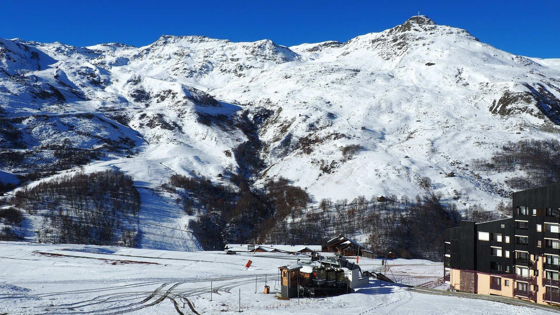 Studio 3 Pers skis aux pieds / CARON 303
