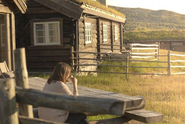 Maria Kampesæter Kleiven/Trollbinde,  © Formoseter , Formoseter Seterhus