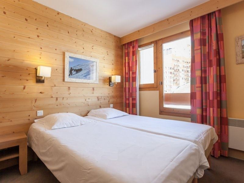 2 Room 4 Pers ski-in ski-out / Aconit 104