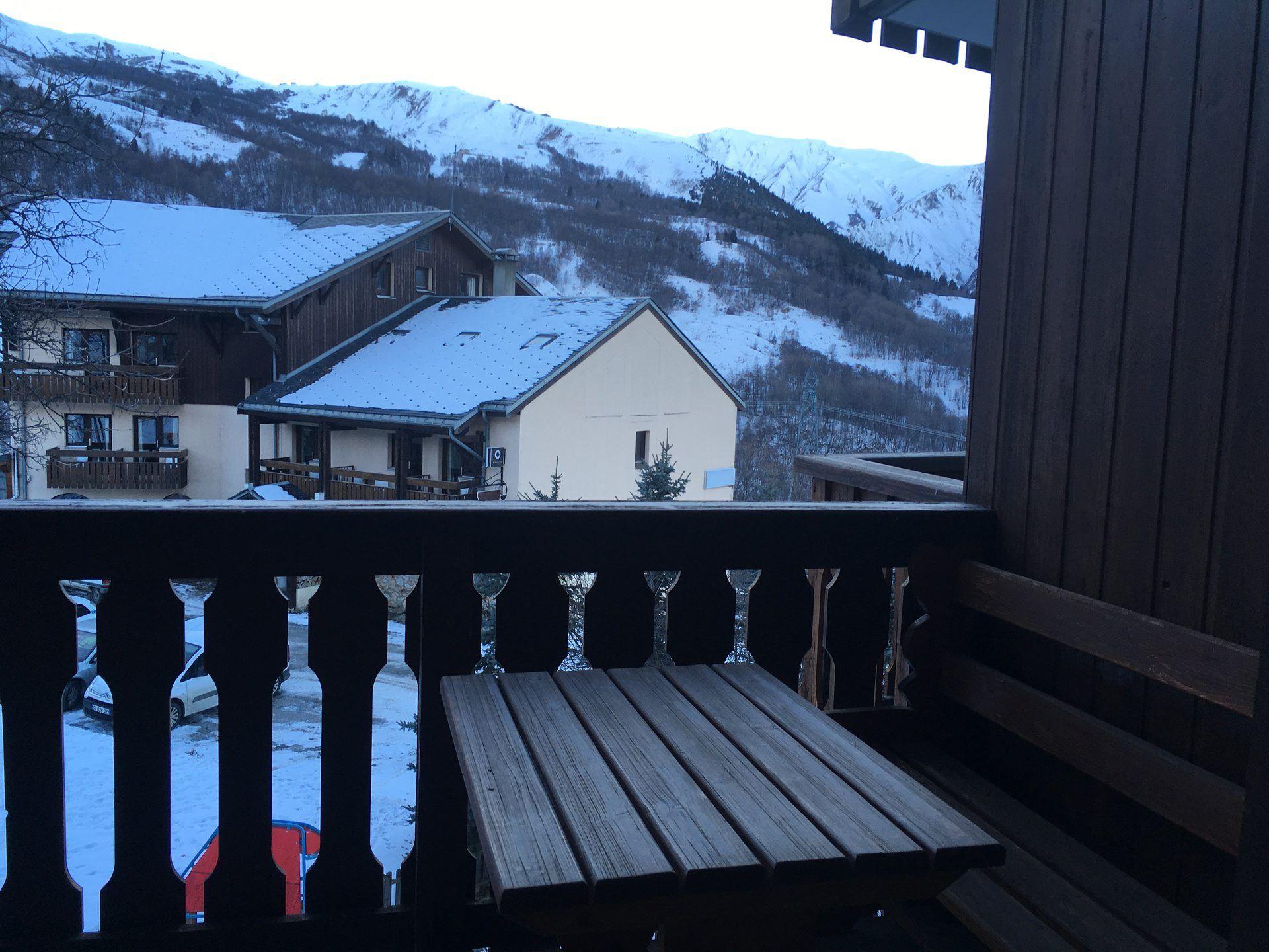 2 Pièces 4 Pers skis aux pieds / DAHLIA 3