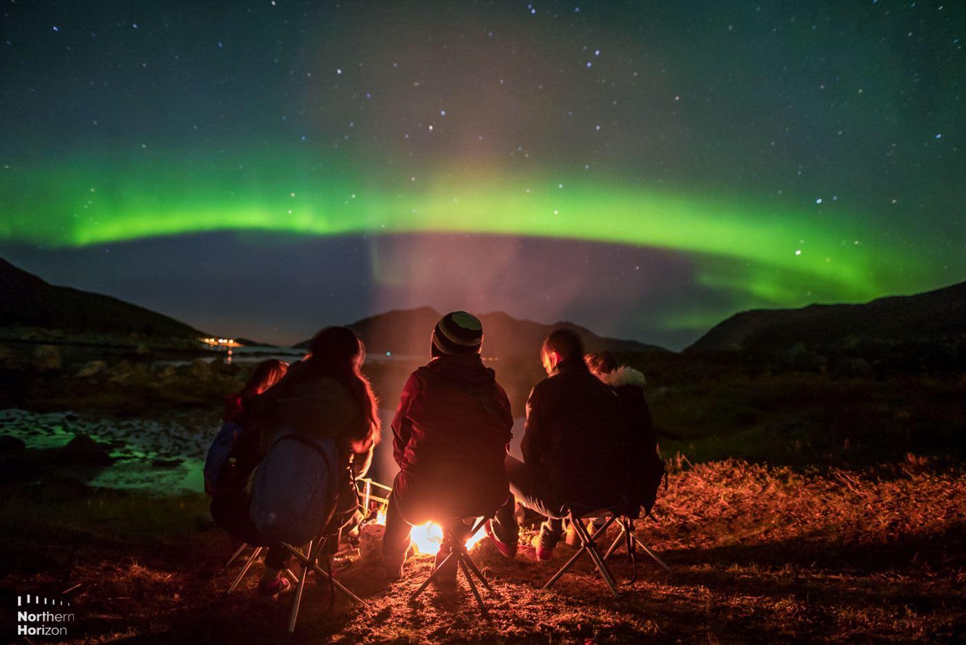 Nordlysjakt i liten gruppe - alt inkludert - Northern Horizon