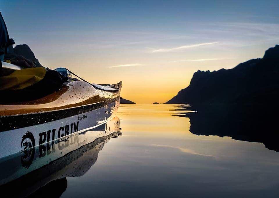 Arctic Christmas kayaking Kvaløya - Elements Arctic Camp