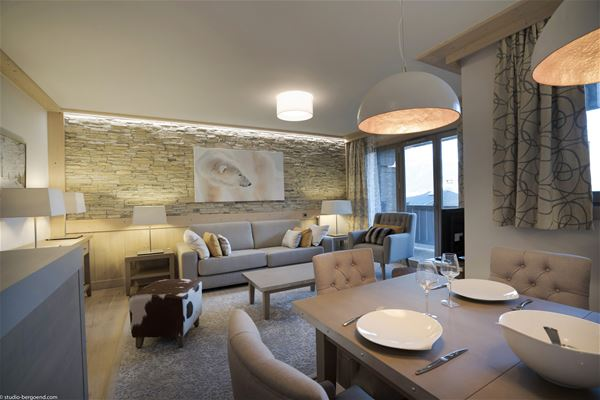 4 rooms 7 people / Carré blanc (Mountain of dream)