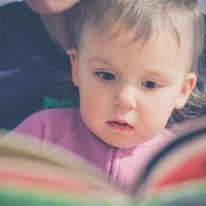 Bebis och bok