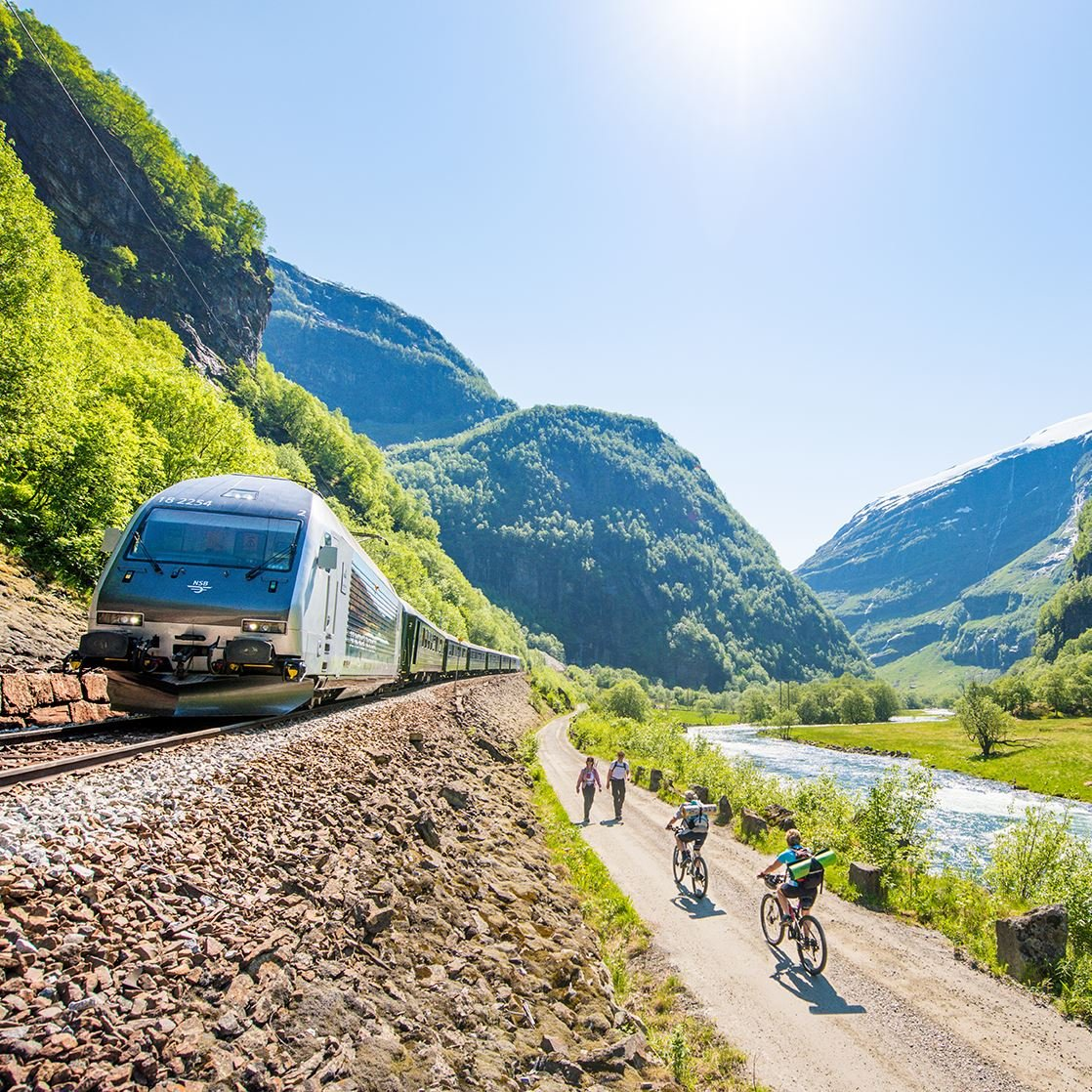 Sverre Hjørnevik, The Flåm Railway + hiking the Flåm valley