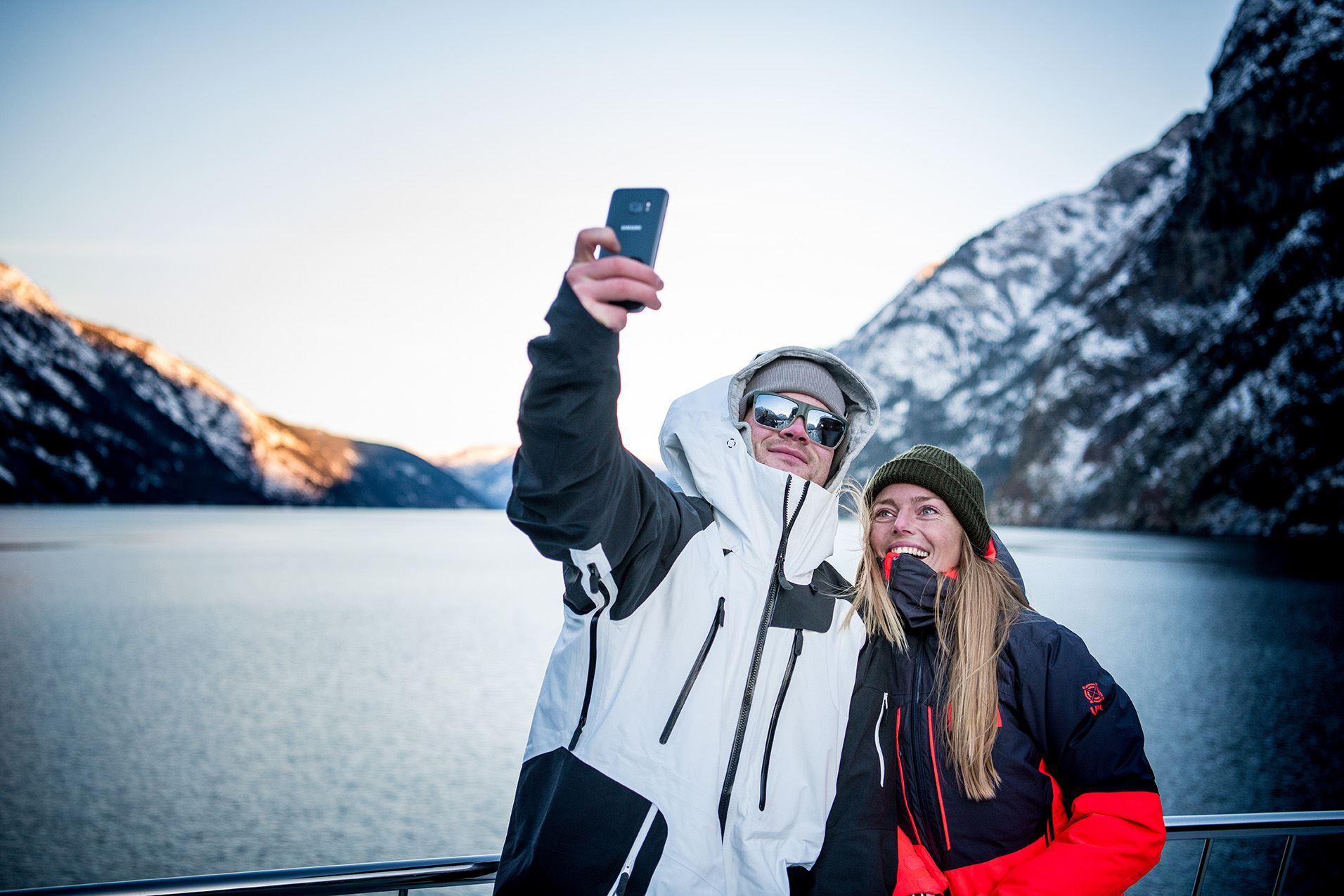 Sverre Hjørnevik - 18, Fjord selfie, Nærøyfjord