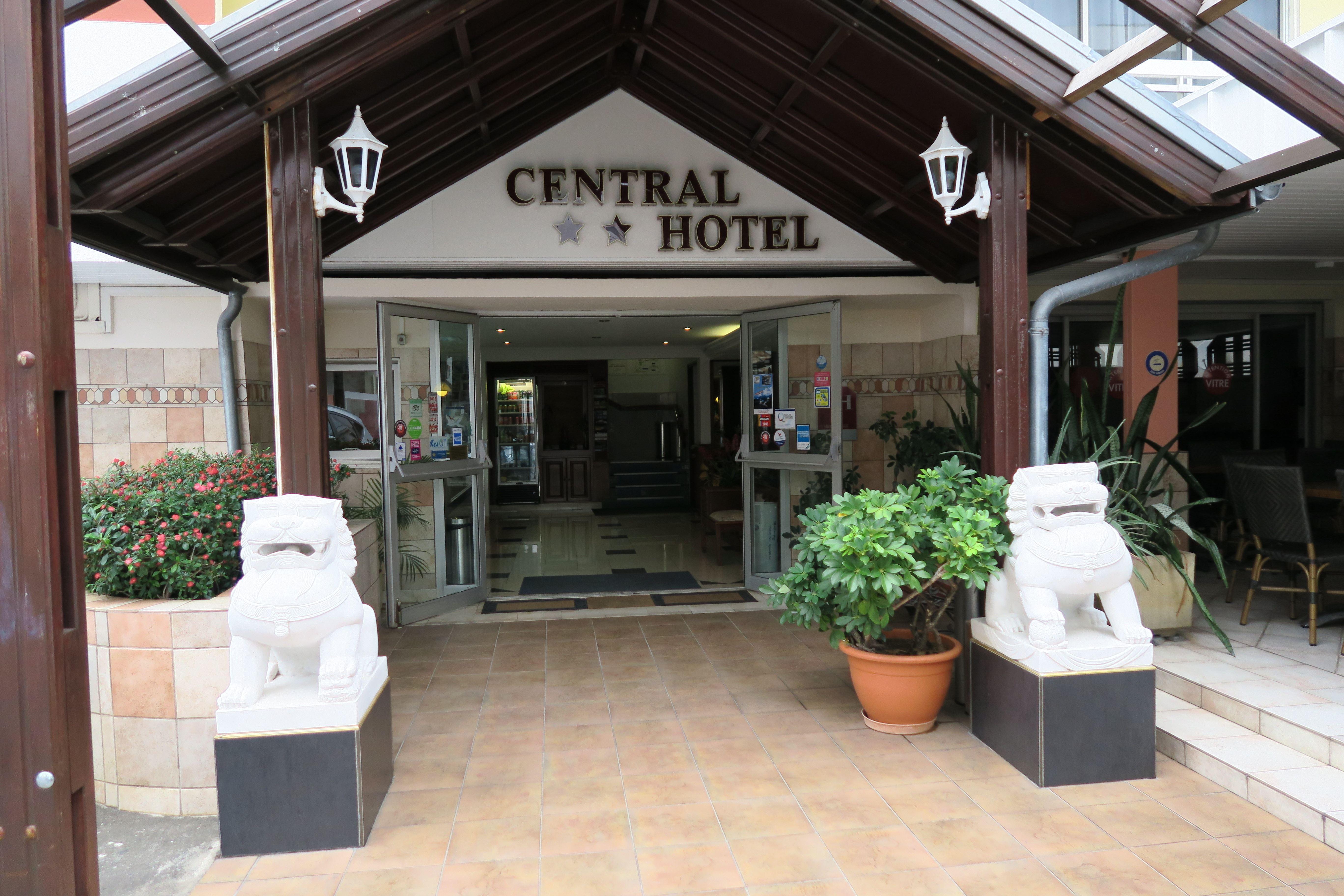 Central Hôtel**