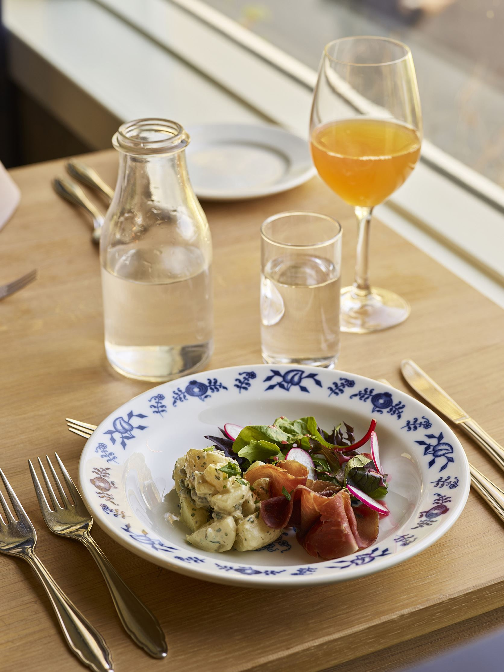 Ragnar Hartvig 2017, Enjoy a good meal in beautiful surroundings