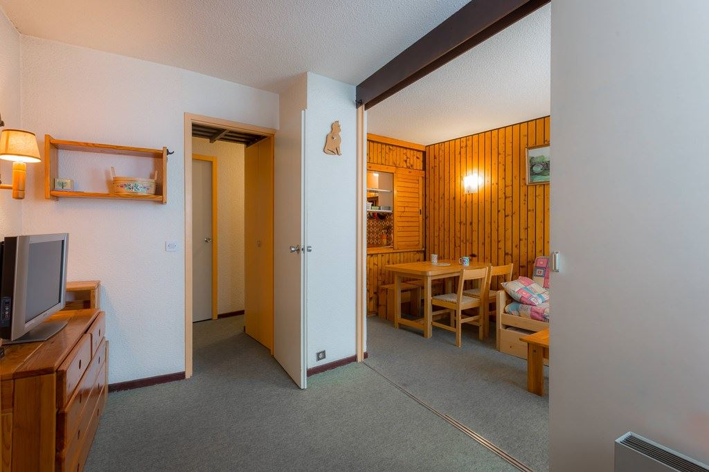 4 Pers Studio ski-in ski-out / CORYLES A149
