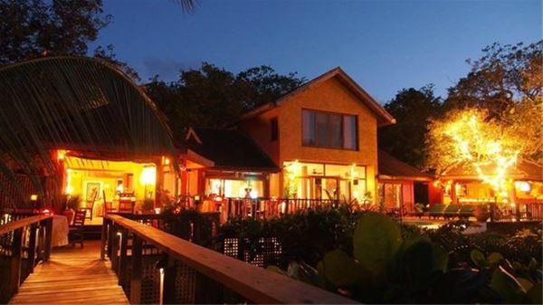 Mayoka Lodge