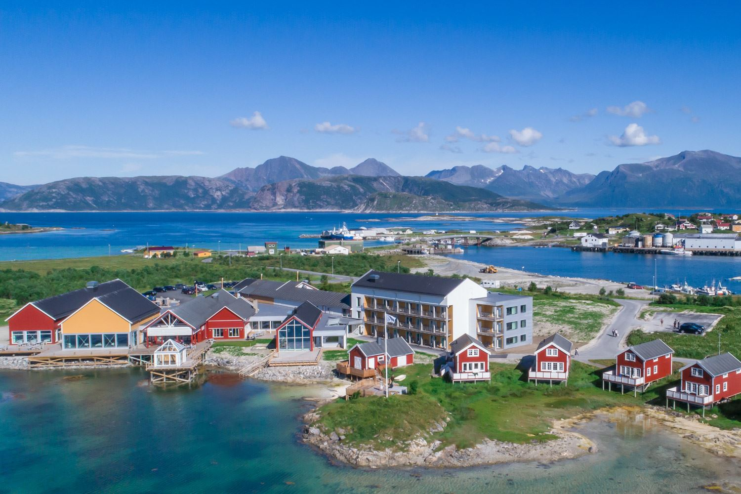 Sommarøy Arctic Hotel