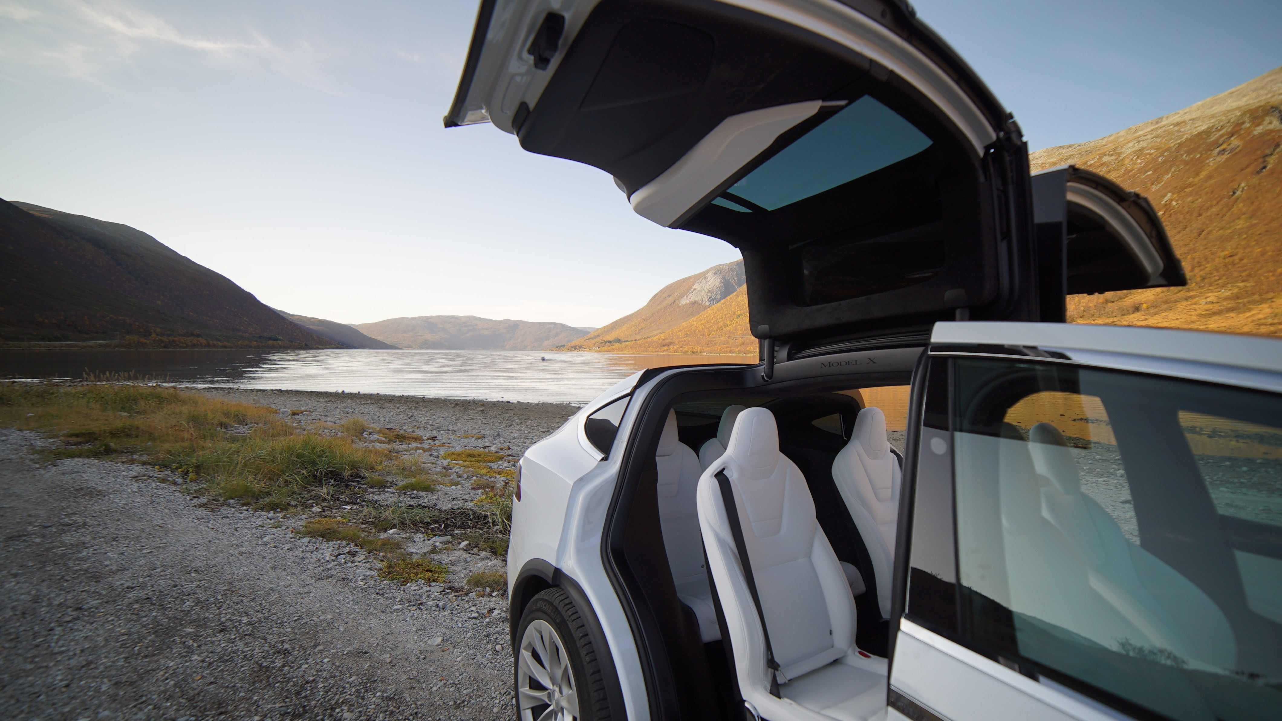 Fjord Sightseeing from Tromsø with our eco-friendly Tesla Model X - Arctic Cruise in Norway