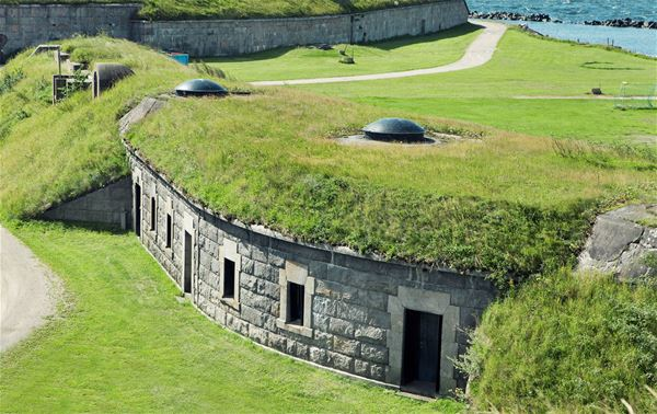 Guided tour - Kungsholms Fort with boat, a classic!