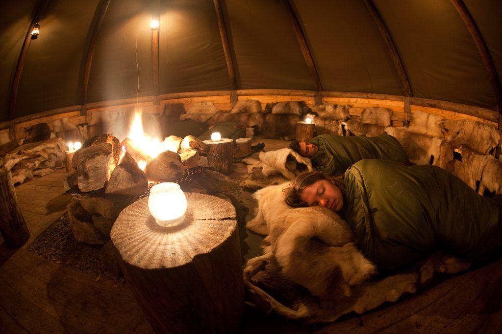 Husky Hike with Aurora Camp - Tromsø Villmarkssenter