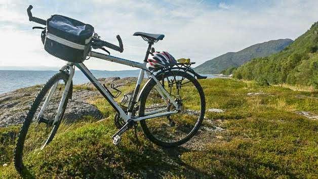 Senja rundt på sykkel