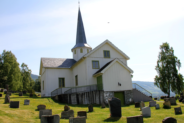 Øyer og Tretten kirke