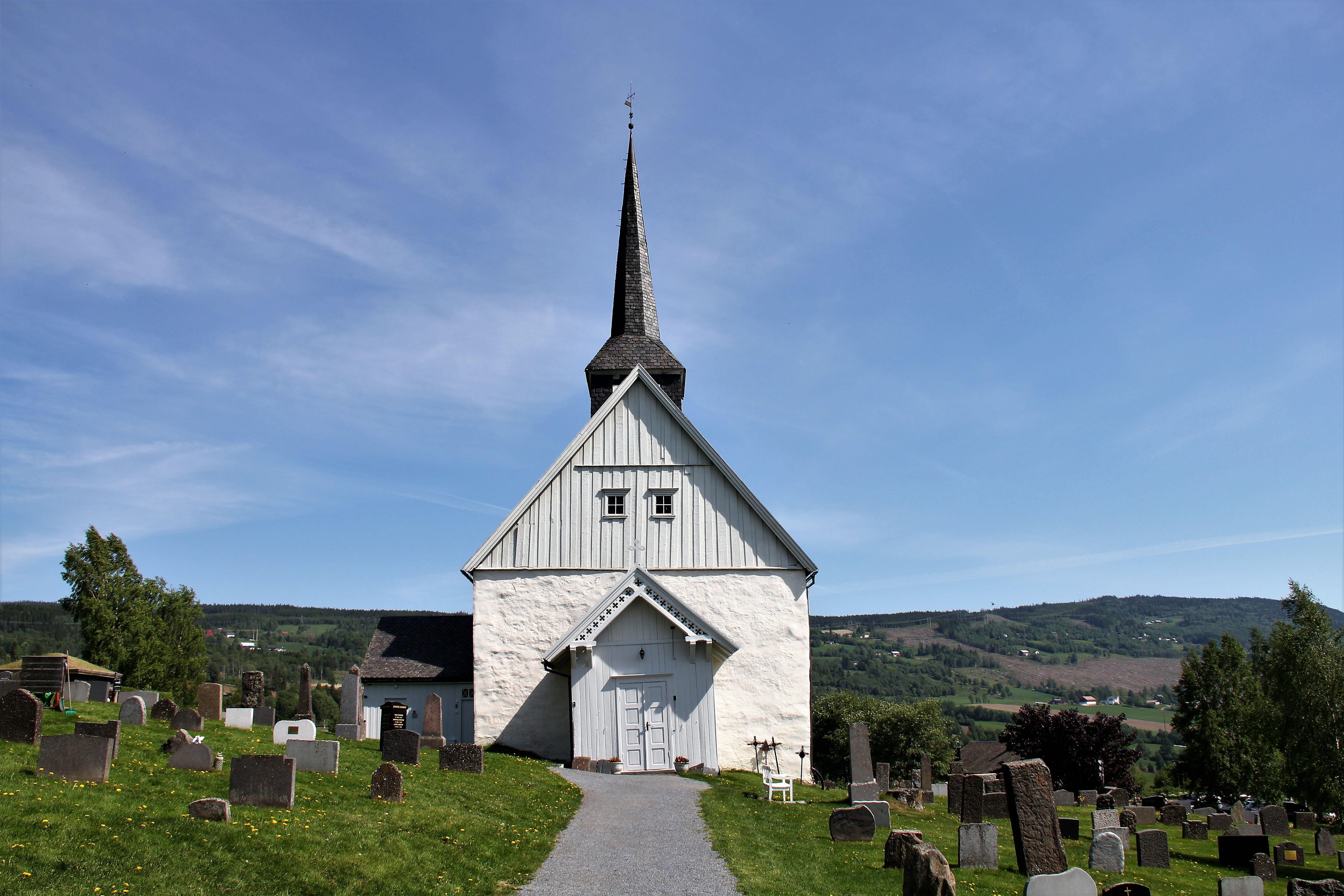 Follebu kirke