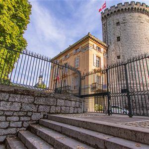 Château, Ruelles et Confidences - Visite Guidée