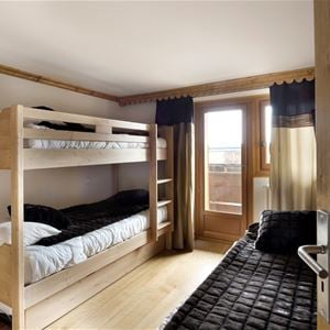 3 rooms 5 people ski-in ski-out / CHAMOIS 3 (Mountain of Charm)