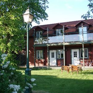 STF Freja/Vreta kloster Vandrarhem - Bokas per telefon eller e-post
