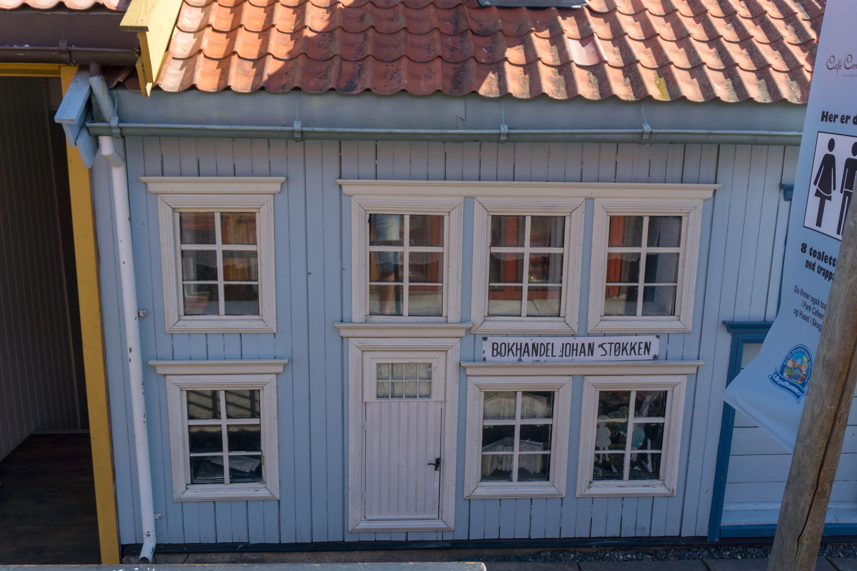 Knut Sørli, Byvandring i Lilleputthammer