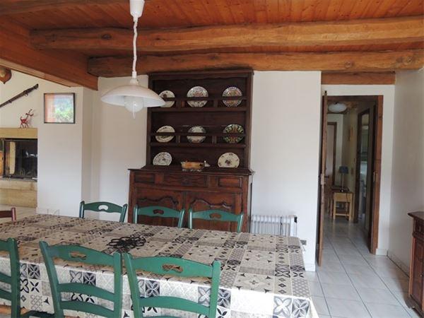 VLG237 - Appartement dans maison à Génos.