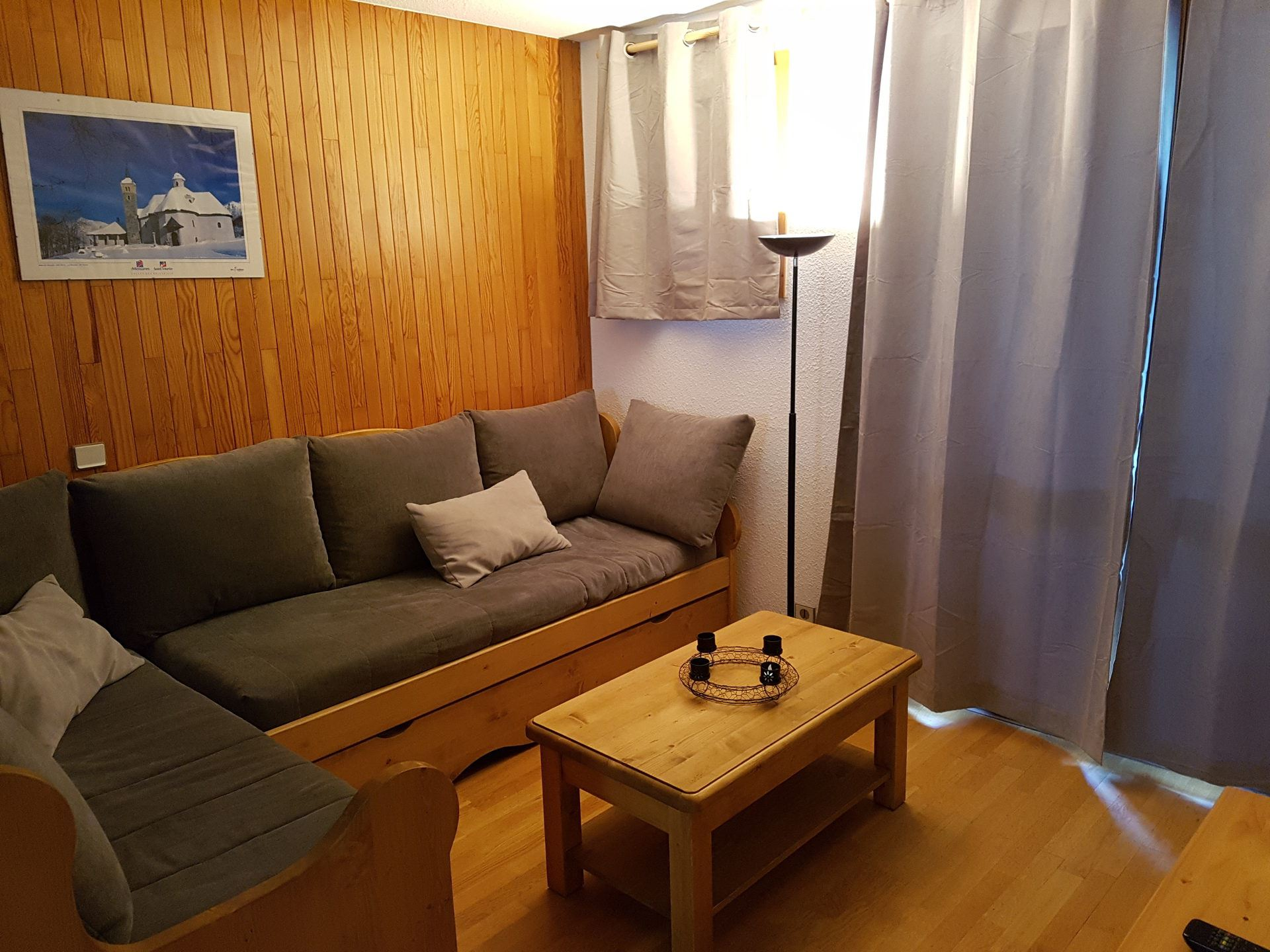 3 Rooms 6 Pers ski-in ski-out / HORS PISTE 23