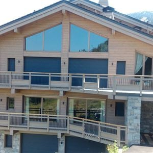 5 rooms with a mountain corner 12 people / CHALET CAROLINE (mountain of charm) / Tranquillity Booking