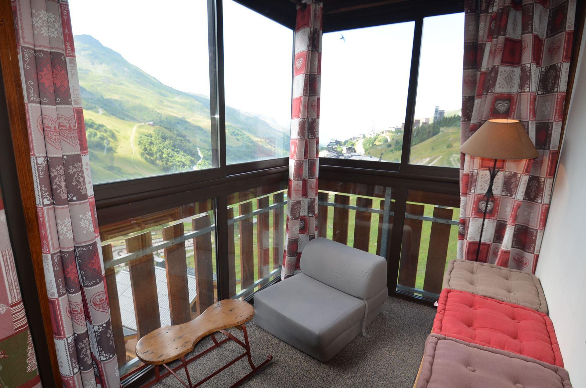 3 Rooms 5 Pers ski-in ski-out / SKI SOLEIL 2604