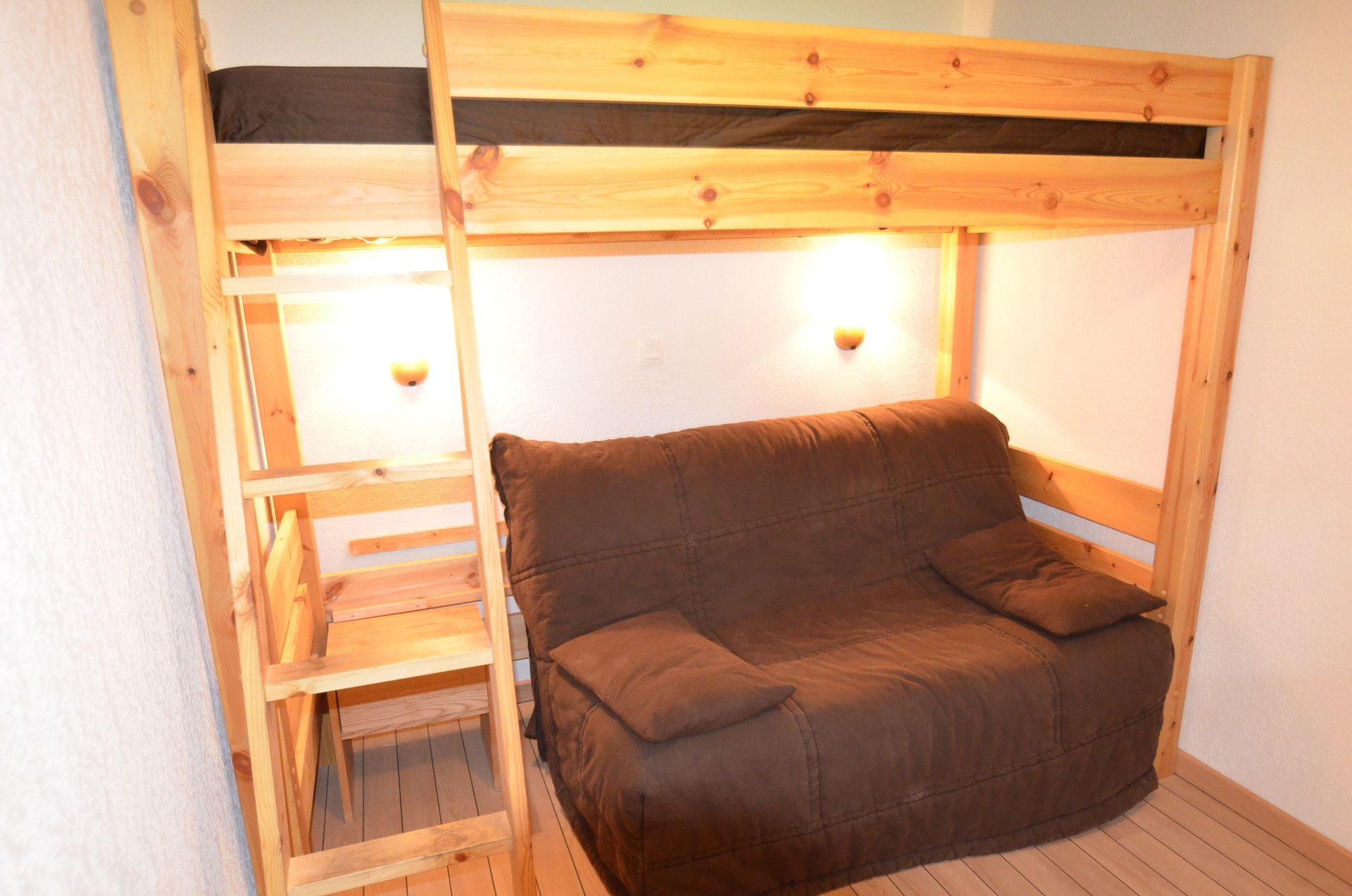 3 Rooms 4/5 Pers ski-in ski-out / VALMONT 33