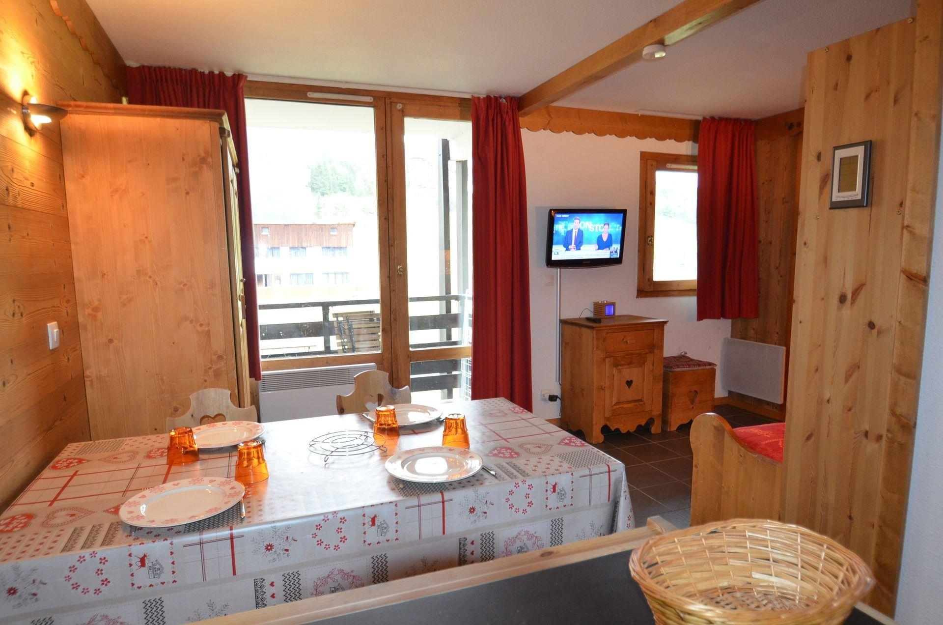Studio 4 pers skis aux pieds / Villaret 520