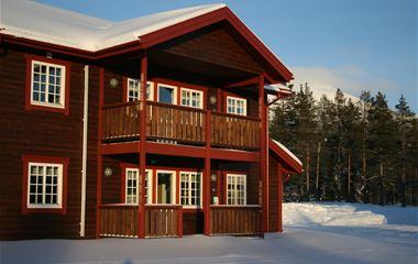 Björnidet - Stora lägenheter precis bredvid längdspår