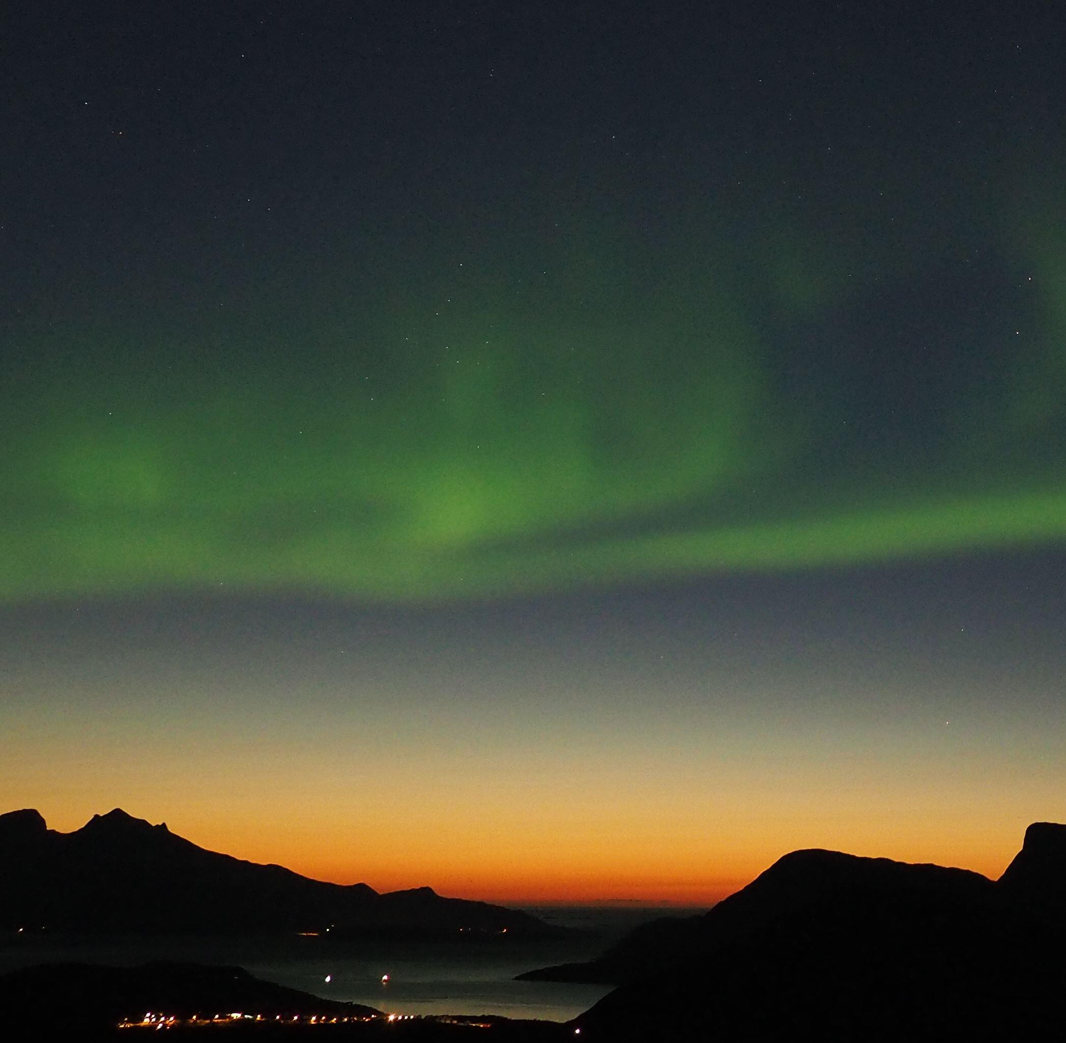 Nordlysjakt på sommeren – Kunnskap, fortelling og teknologi – Tromsø Guide