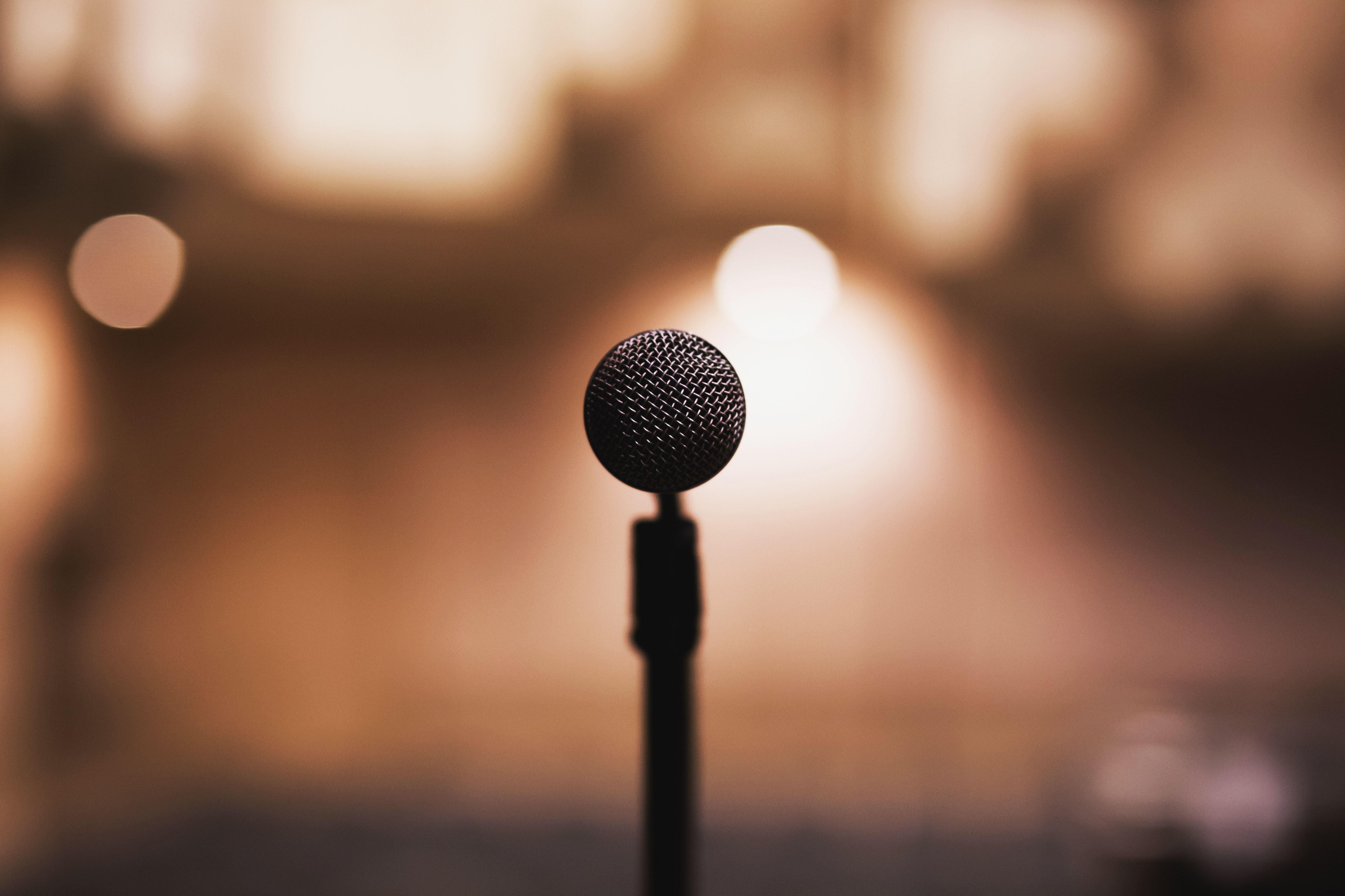 Dina ord - öppen scen för spoken word och poesi