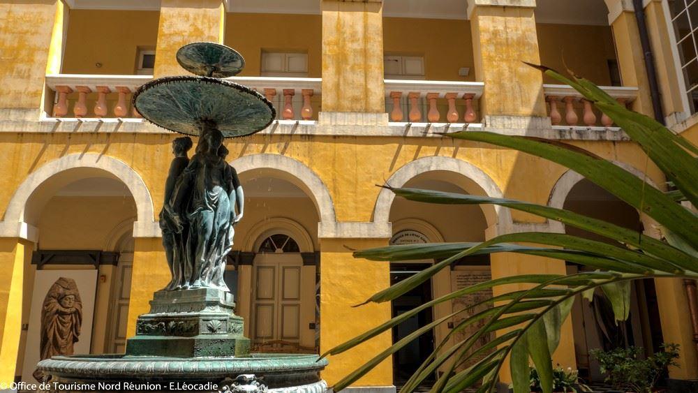 """Ancien Hôtel de Ville de St-Denis - Visite officielle labellisée """"Ville d'Art et d'Histoire"""""""