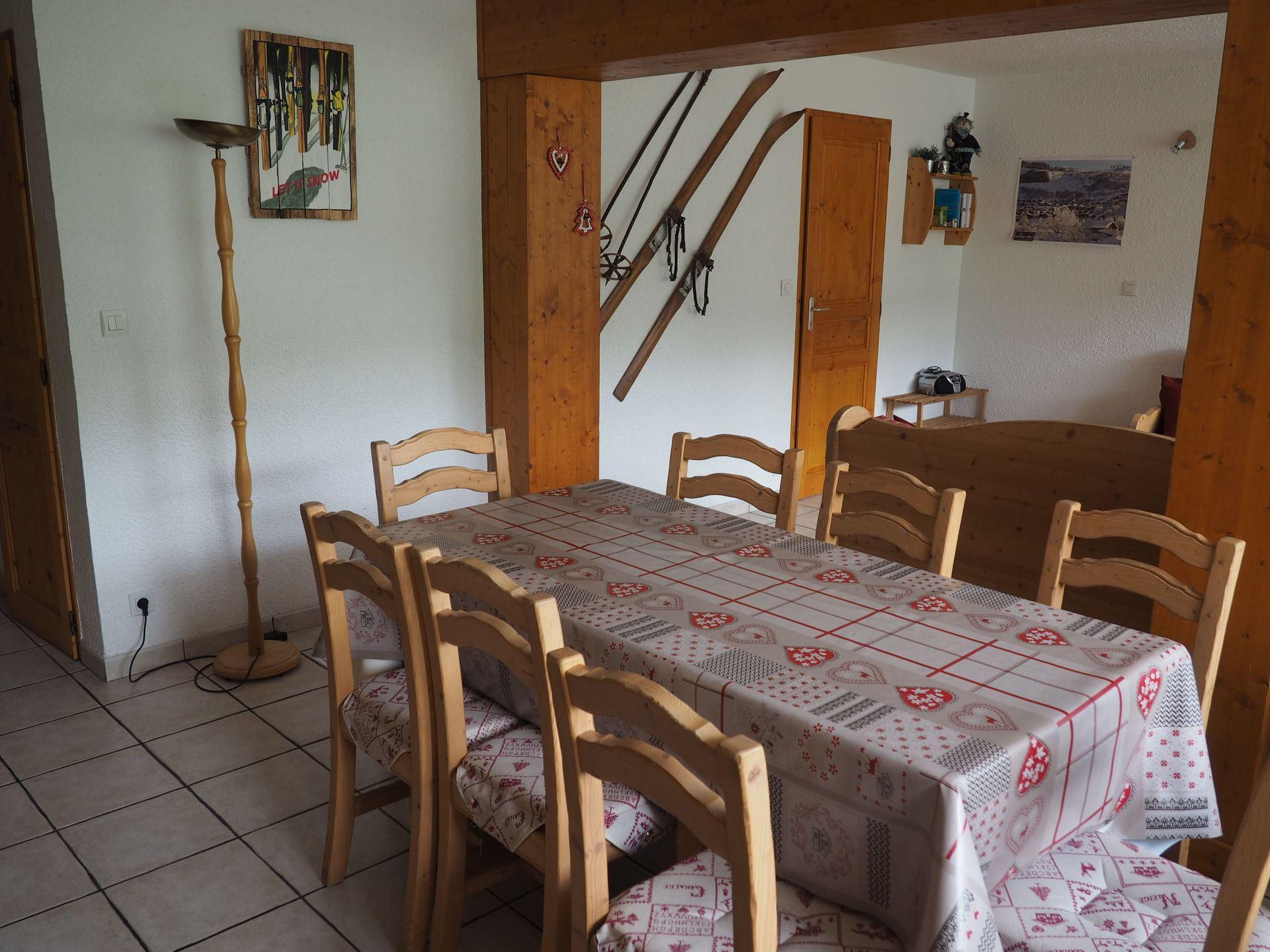 4 Rooms 8 Pers ski-in ski-out / ARAVIS 113