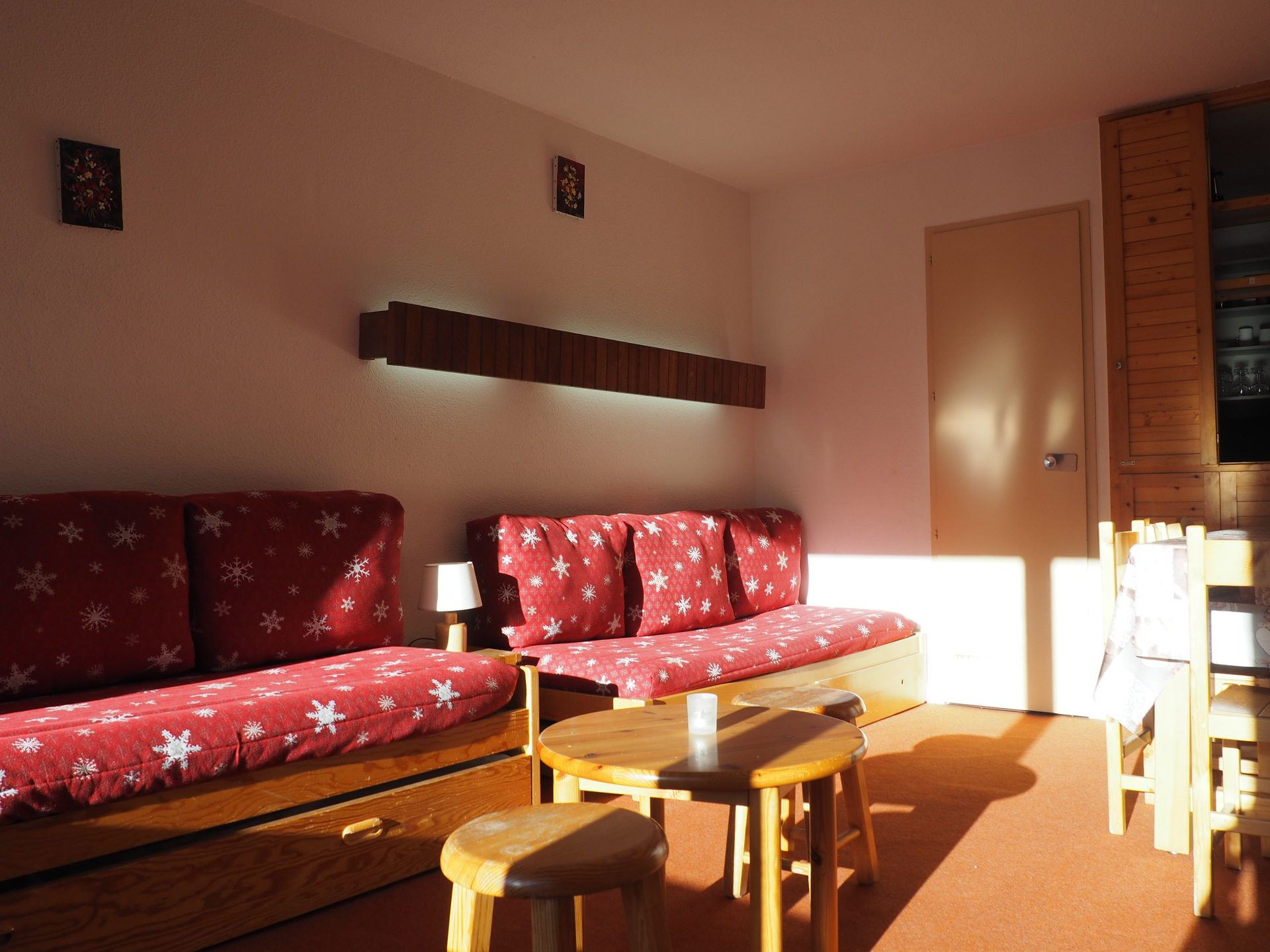 2 Rooms 5 Pers ski-in ski-out / LAC DU LOU 1212