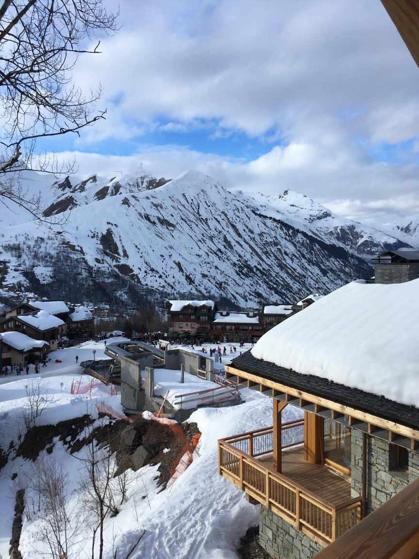 4 Pièces 6 Pers skis aux pieds / CASEBLANCHE D17