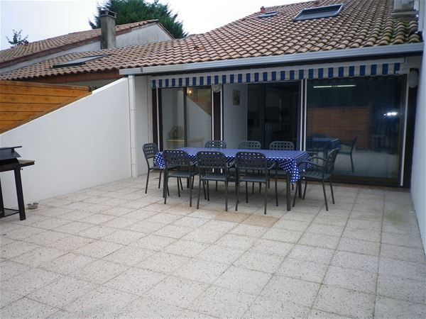 Villa mitoyenne Djellilahine - Ref : ANG1105