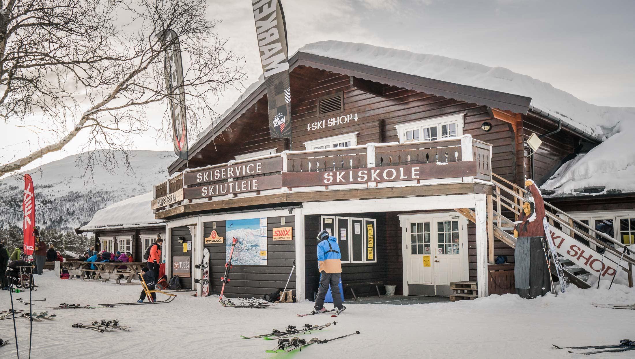 Bjorli ski school and ski rental