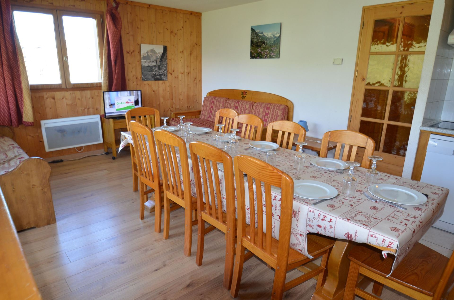 4 Rooms 8/10 Pers ski-in ski-out / COURMAYEUR 331